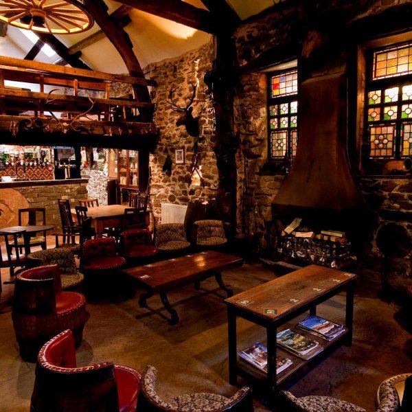 The Quiet Bar